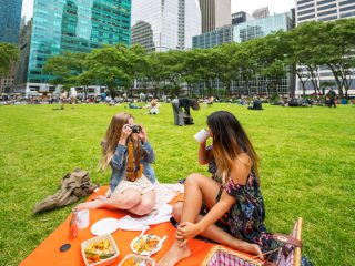 Bryant Park Picnic- Luma Hotel Conveniently close to Bryant Park